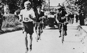 Dorando Pietri na trasie maratonu