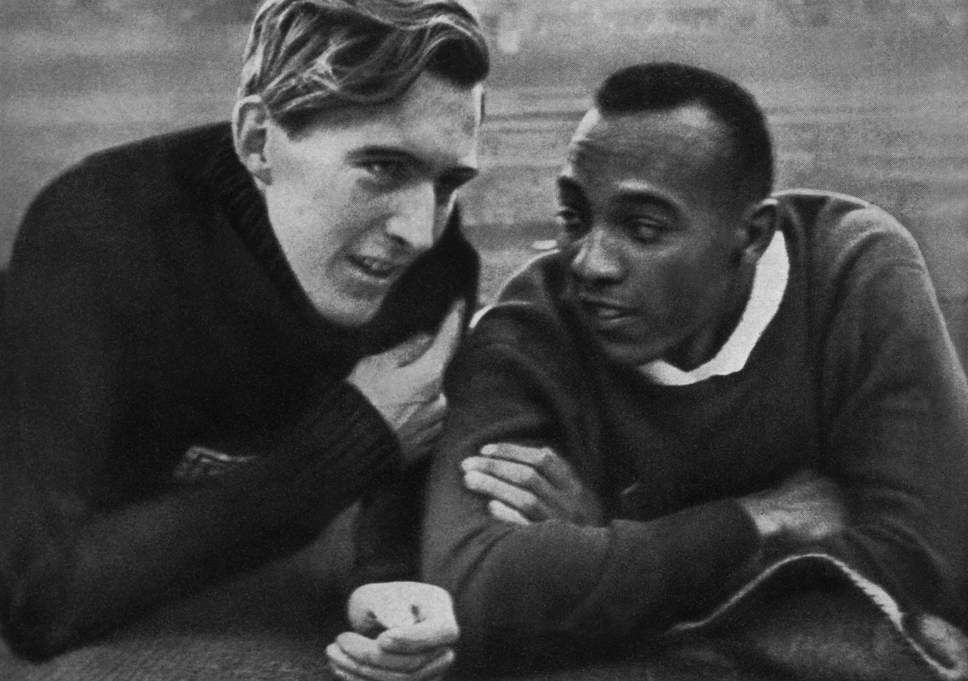 Jesse Owens iLuz Long