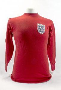 Koszulka reprezentacji Anglii z1966 roku źródło: toffs.com