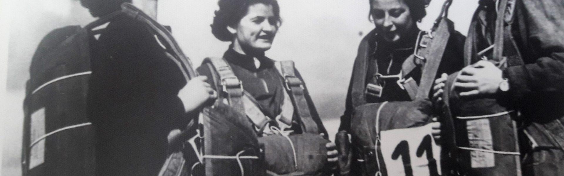 Wanda Brzyska (druga z prawej) – ostatnie wskazówki przed zawodami