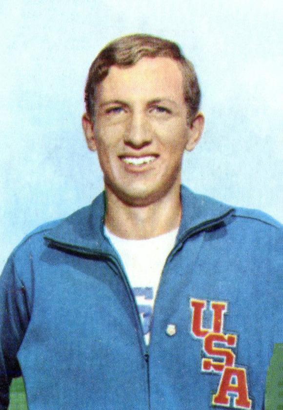 Dick Fosbury w1968 roku. Ciężko znaleźć zdjęcie, naktórymten facet się nieuśmiecha. źródło: wikpedia.org